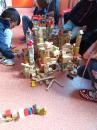 Želvičky v družině si staví hrad